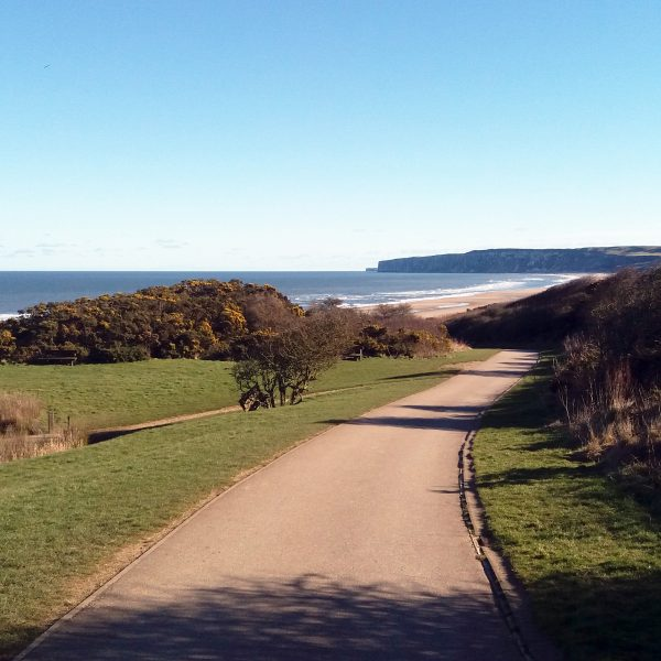 The Bay Filey, Access To The Beach